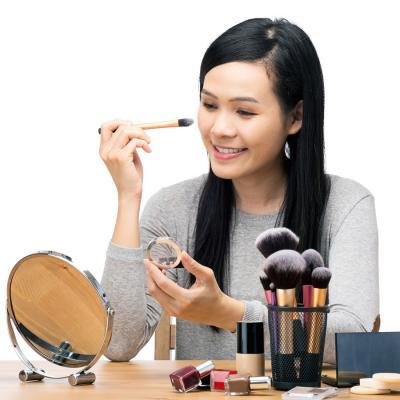 5 Produk Ini Bikin Makeup Tahan Lama Bahkan Hingga Seharian