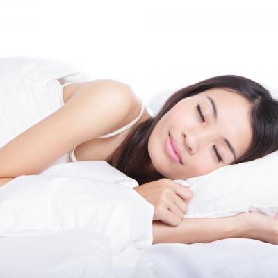 5 Daily Routine Sebelum Tidur Supaya Kulit Awet Muda