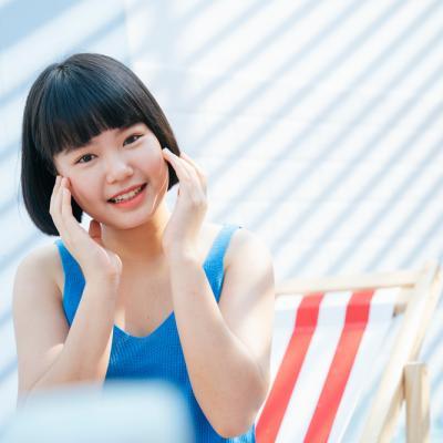 Terpapar Sinar Matahari dan Polusi, Ini Rutinitas Skincare Bagi Si Pemula