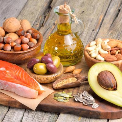 Selain Lezat, Makanan Sehat ini Bikin Kulit Tampak Lebih Cerah dan Bercahaya
