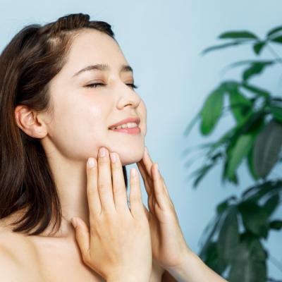 Facial Massage, Satu Menit Sehari untuk Kulit Awet Muda
