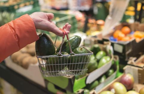Awet Muda Secara Alami, Penuhi Keranjang Belanjamu dengan Makanan IniAwet Muda Secara Alami, Penuhi Keranjang Belanjamu dengan Makanan Ini